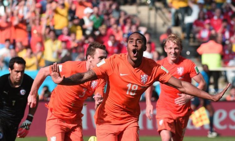 Olanda-Cile 2-0: Fer e Depay