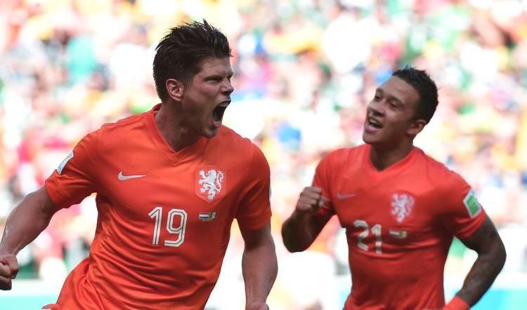 Al Messico non basta Ochoa: l'Olanda vince 2-1 nel finale e vola ai quarti