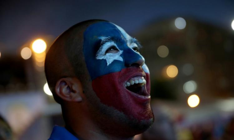 Brasile 2014: tifosi del Cile irrompono in sala stampa VIDEO
