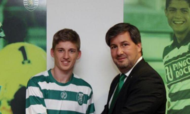 Sporting Lisbona, UFFICIALE: torna in patria lo scozzese Gauld