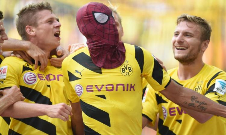 Dortmund, i voti di CM: Hofmann e Mkhitaryan imprendibili
