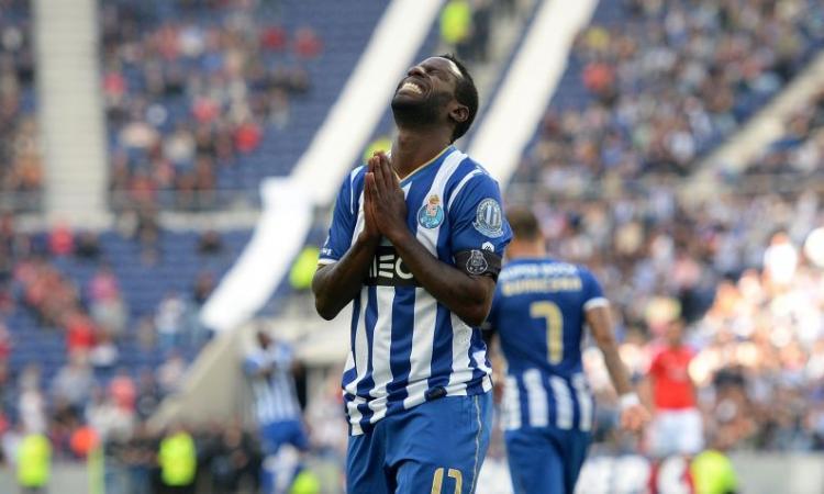 VIDEO Porto: Varela, magia contro il Nacional