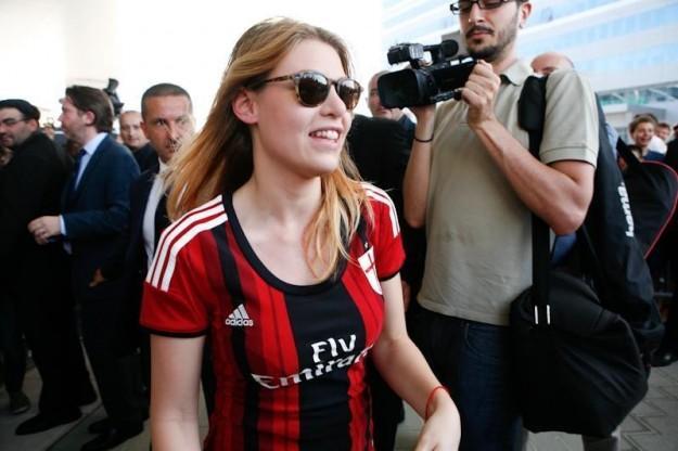 Jacobelli: cinesi o thailandesi, purché Berlusconi ceda Milan a chi ne è degno
