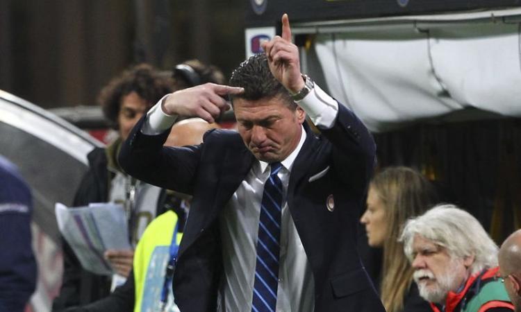Mazzarri: 'Inter come il Barcellona, torneremo in Champions'