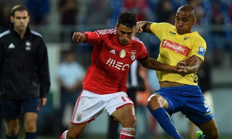 Benfica, due club di Premier su Salvio