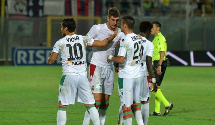 Serie B: harakiri Frosinone, perde in casa con la Ternana ma resta secondo