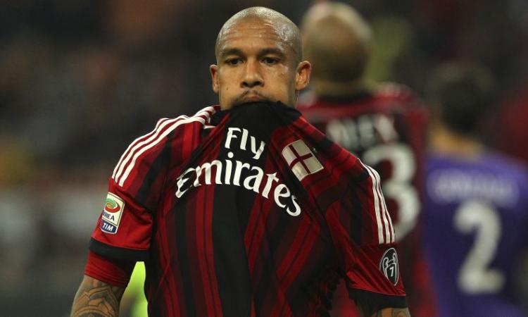 Casa Milan: domani alle 18.30 ci sarà Nigel de Jong