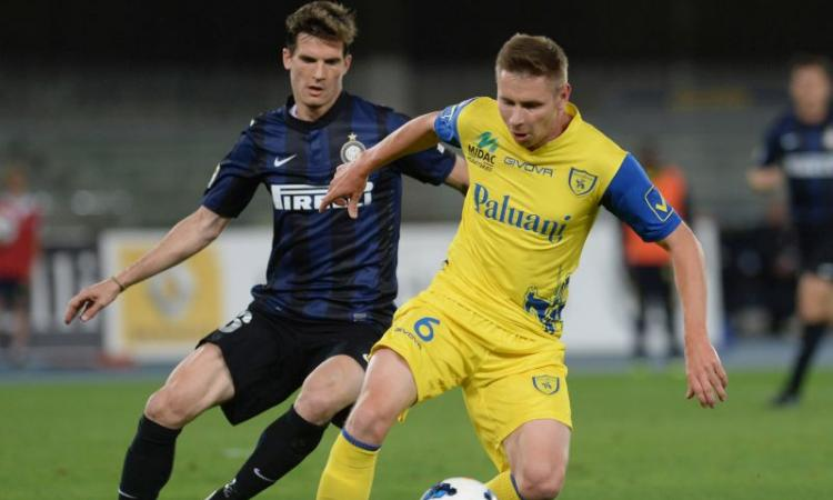 Inter: Andreolli rifiuta la Samp, che va su Zukanovic