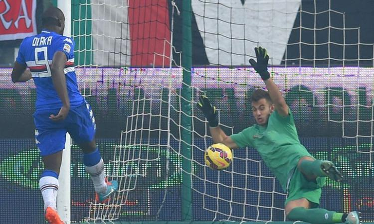 Milan azzurro, è sfida Destro-Okaka
