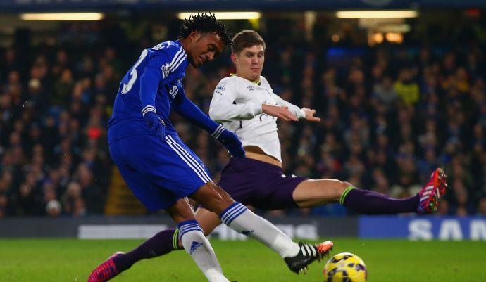 Everton, Stones punta i piedi: vuole il Chelsea