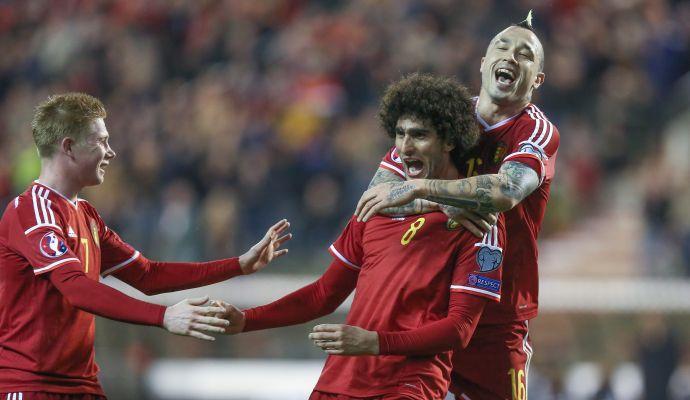 Roma, rilancio United: Fellaini e soldi per Nainggolan