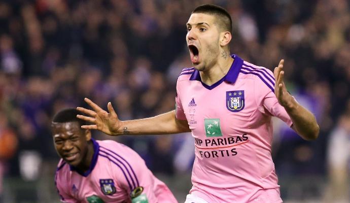 Porto su Mitrovic: l'Anderlecht dice no alla Roma