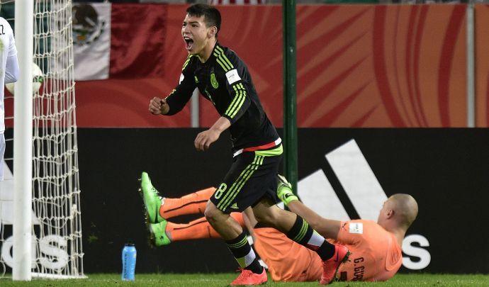 Arsenal, un messicano per il dopo Sanchez