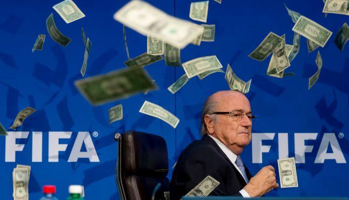 VIDEO Caro Blatter, ora nessuno ti vuole più...