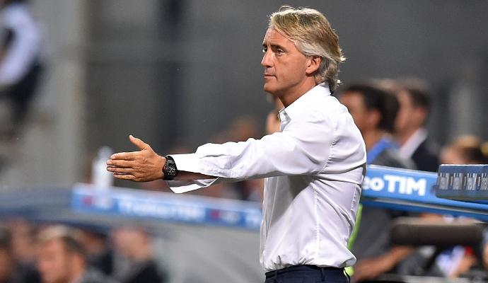 VIDEO Inter, Mancini: 'Eder? È un giocatore della Samp. Hernanes è molto importante per noi. Ho una rosa ristretta'