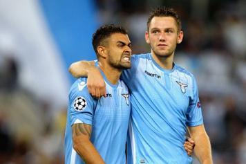 De Vrij Lazio abbraccio