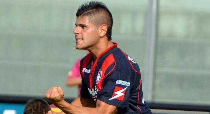 Serie B: Cagliari ko, Crotone in testa