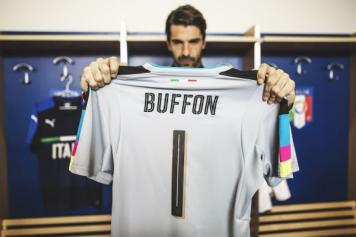 100% authentic 03492 c2e5d 1000 & counting - A tribute to Gianluigi Buffon | English ...