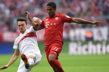 Douglas Costa Bayern dribbling