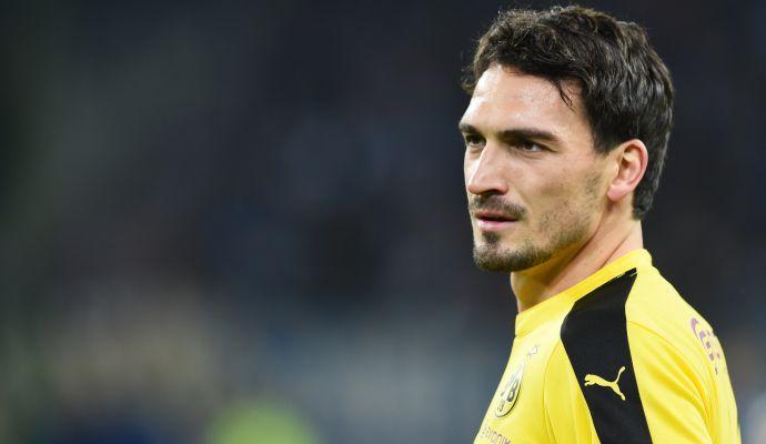 Borussia Dortmund, Hummels: 'Ho fissato la data per decidere del mio futuro, e questo non mi fa dormire'
