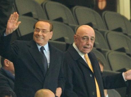 Il regista Bologna: 'Tifo Milan, quanto manca Berlusconi! Inter, sei un'illusa'