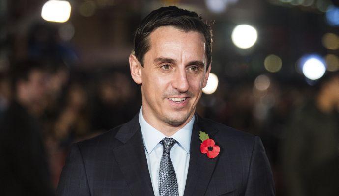 Neville durissimo: 'Le altre tifoserie dovrebbero fare come quella del Man United'