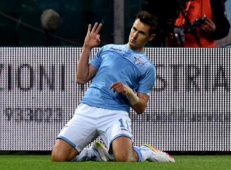 Gli aneddoti di Klose: 'Una volta Van Gaal prese Toni per le orecchie...'