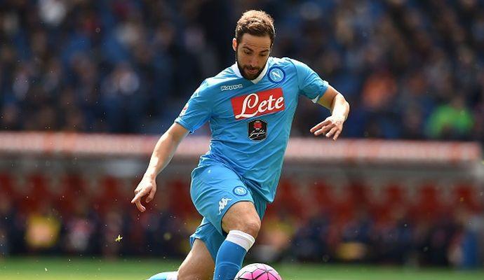 Napoli, furia Higuain. Basta la Champions per trattenerlo?