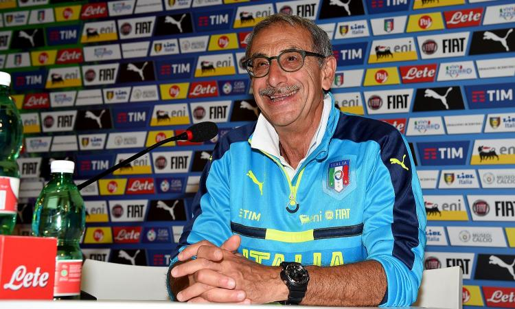 Castellacci, l'ex medico dell'Italia spaventa il calcio: 'Porte chiuse? Non bastano, Serie A rischia la sospensione'