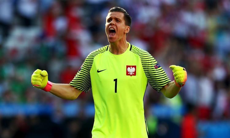 Polonia-Montenegro, formazioni ufficiali: titolari Szczesny e Zielinski