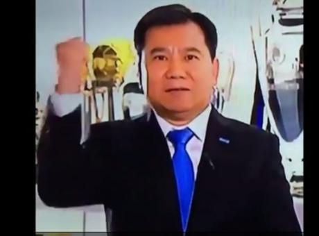 Inter, Zhang Jindong canta per festeggiare i traguardi di Suning VIDEO