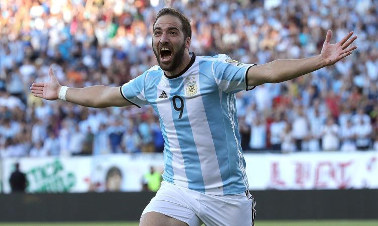 Argentina, l'appello di Biglia: 'Ridate la nove a Higuain!'