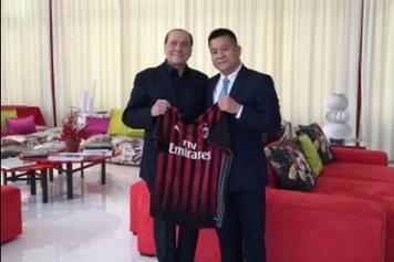 Berlusconi Li Milan dentro il pezzo