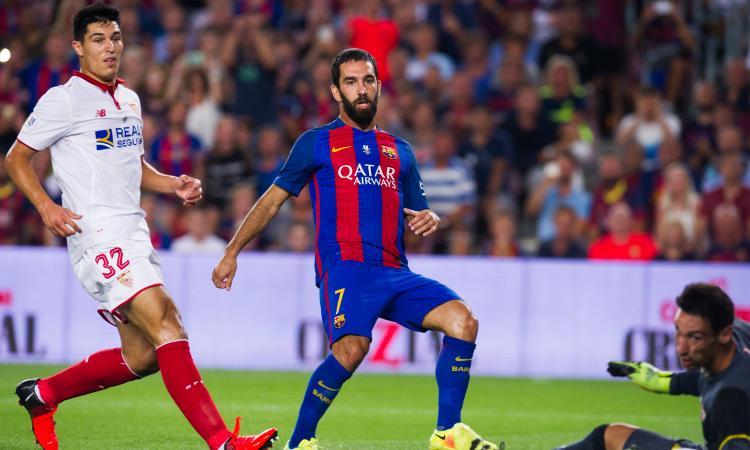 Barcellona: Mourinho sfida il Galatasaray per un centrocampista