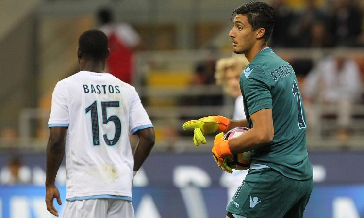 Lazio, maxi-offerta dalla Bundesliga per Strakosha: Tare tentenna