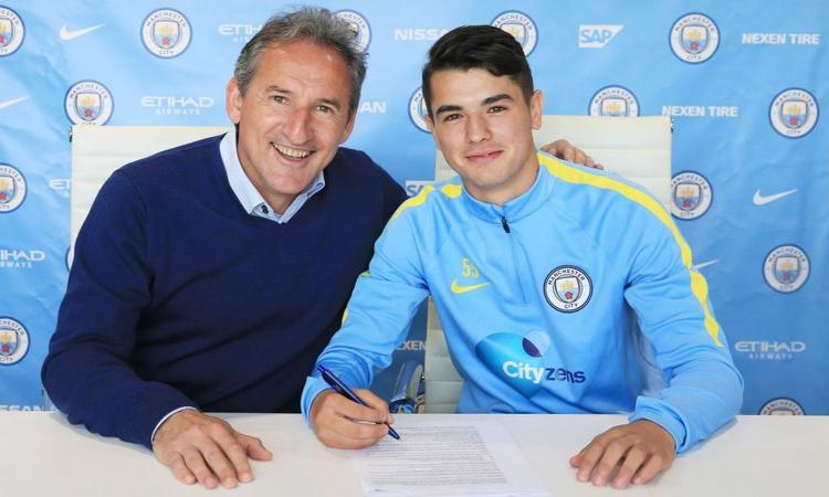 Manchester City, UFFICIALE il rinnovo di una giovane stella