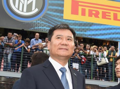 Il patron Zhang Jindong torna in Italia per l'Inter di Conte: a San Siro per Champions e derby