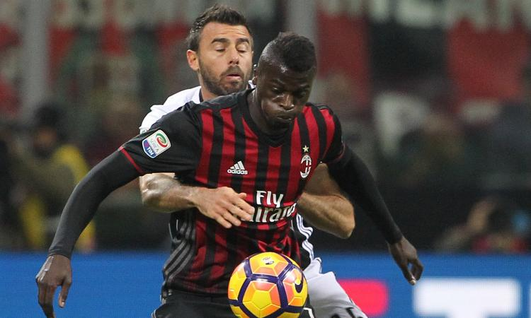 Milan, che succede con Niang? Il sì all'Everton non arriva, il punto
