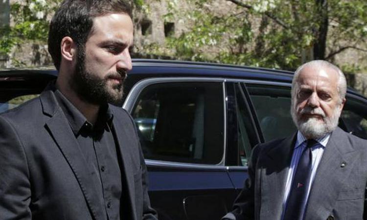 Nicolas Higuain contro De Laurentiis: 'Ci deve dei soldi, andremo in tribunale'