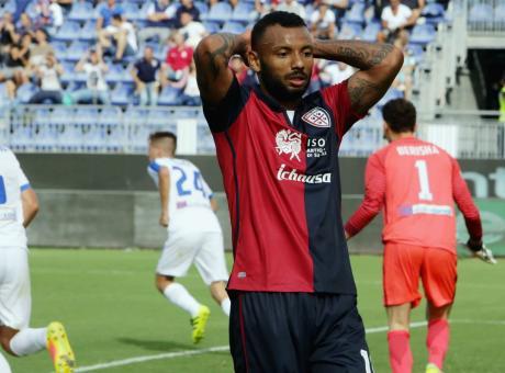 Cagliari, il Genoa strizza l'occhio a Joao Pedro
