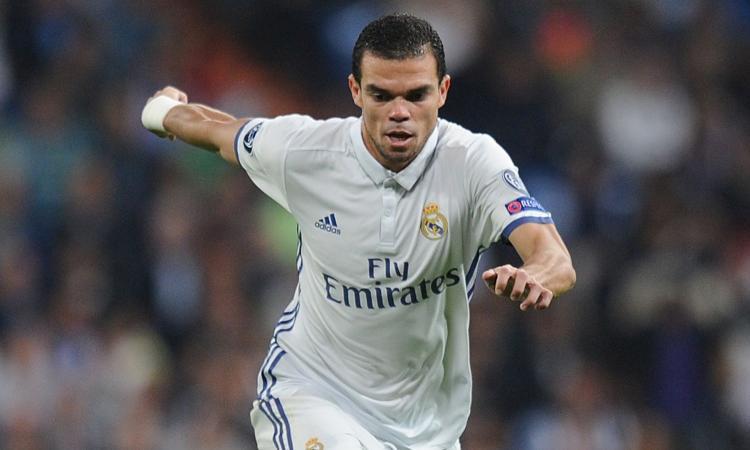 Real Madrid, non solo la Juve su Pepe