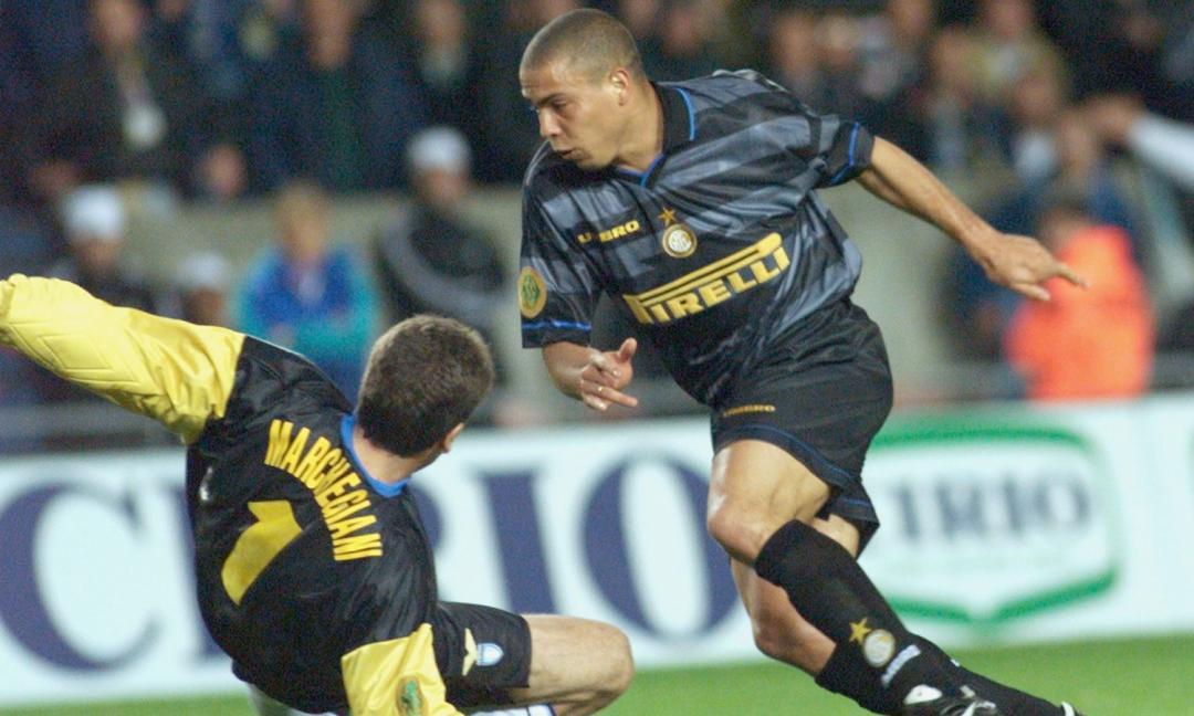 Oscar Inter - Anni '90