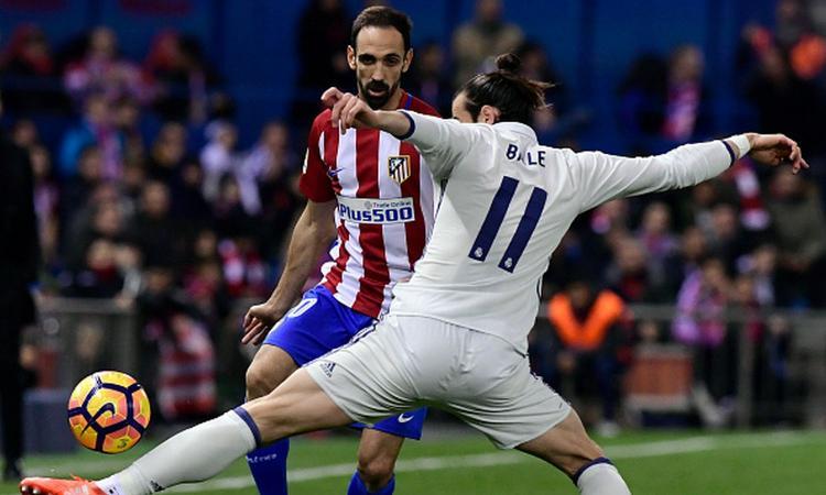Real Madrid, Bale non vuole l'operazione e mette solo una benda sulla caviglia