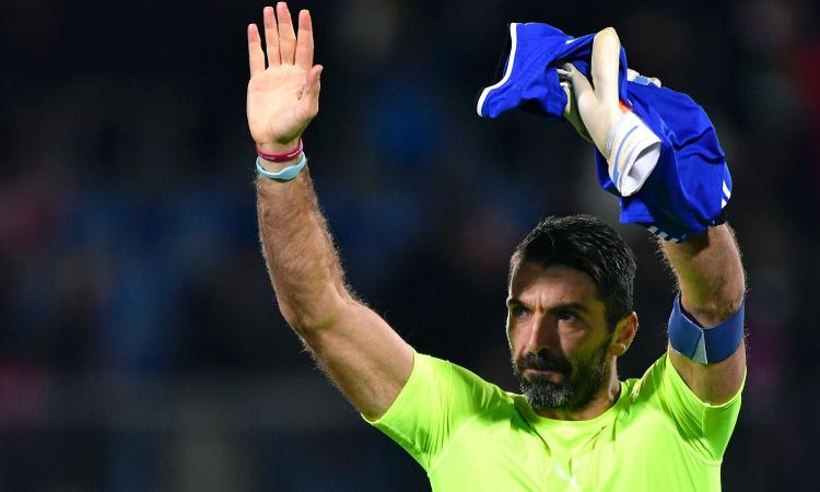Buffon: 20 anni di numeri VIDEO