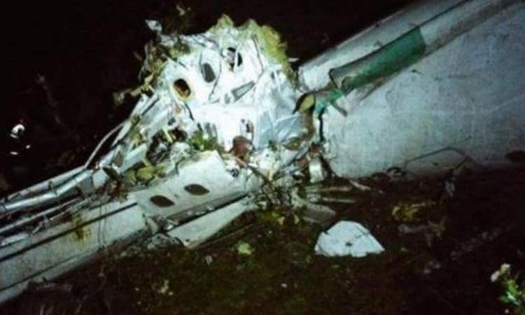 Chapecoense, parla l'assistente di volo superstite: 'Ecco come ho fatto a salvarmi'