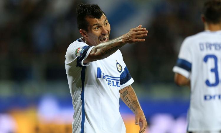 Ds. Beskitas: 'Presto chiudiamo con l'Inter per Medel'