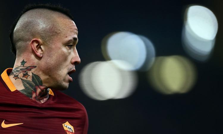 Roma, con Peres ko sarà Nainggolan a giocare terzino destro contro l'Inter?