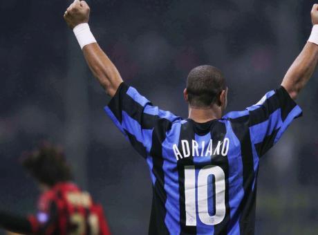 Inter, Adriano annuncia: 'Presto un documentario sulla mia vita. E anche un film di fantascienza...'