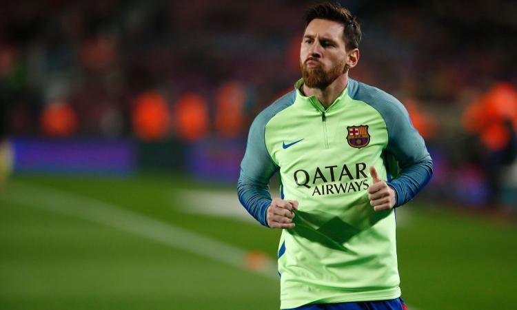 Barcellona, Messi incontra i bambini malati di cancro per il nuovo centro di ricerca