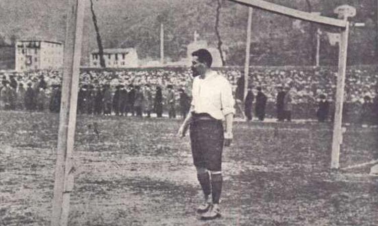 Genoa, Topolino rende omaggio al fondatore del club più antico d'Italia